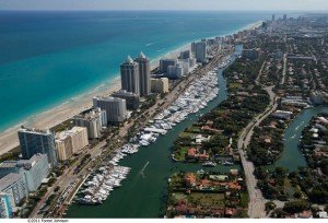 miami beach yacht charter and boat rental service