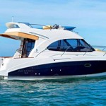 Miami Yacht Charter & Boat Rental beneteau 32 motor yacht