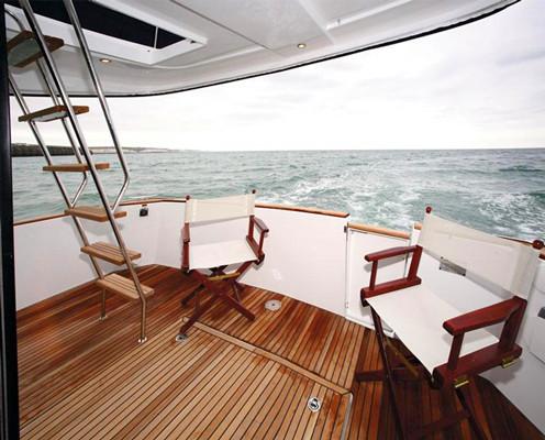 Lux 36 motor yacht onboat inc for Motor boat rental san francisco