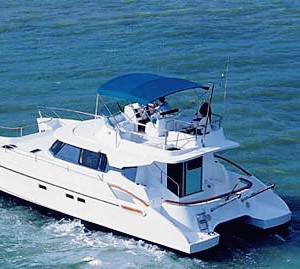 miami-yacht-charter-boat-rent-37-power-cat