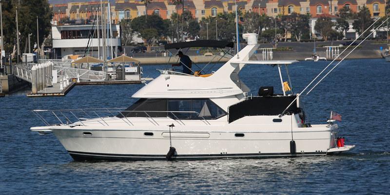 40 bayliner yacht onboat inc for Deep sea fishing marina del rey