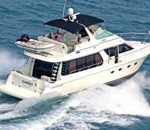 los-angeles-marina-del-rey-yacht-rental-boat-charter-carver-570-luxury-yacht-charter