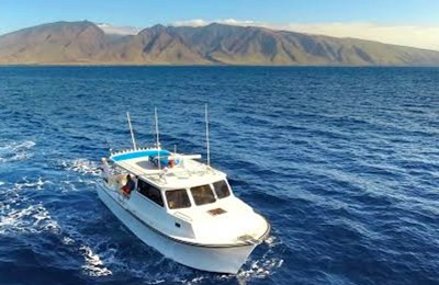 Maui private fishing charter boat