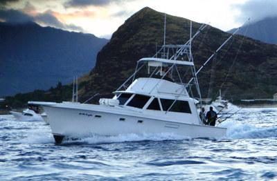 Onboat inc deep sea private fishing charter honolulu for Deep sea fishing marina del rey