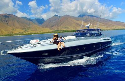 hawaii maui molokini yacht rental boat charter 65' sunseeker luxury yacht charter