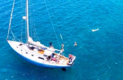 Maui private yacht rental sail boat charter
