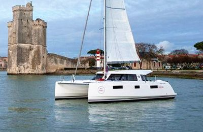 Barcelona yacht charter catamaran rental 40' nautitech
