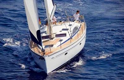 brisbane yacht charter 44 feet sailboat for hire
