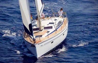 brisbane yacht charter 44 feet sailboat for hire
