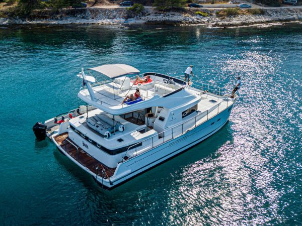 Lagoon 44 power catamaran yacht charter marina del rey CA