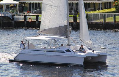 New york city yacht charter 37' catamaran rental