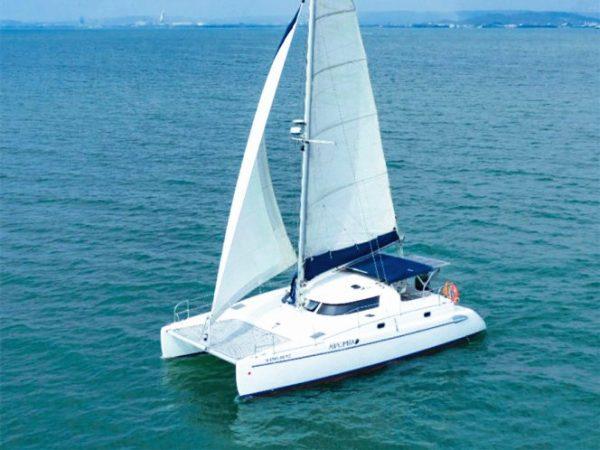 los angeles catamaran yacht charter