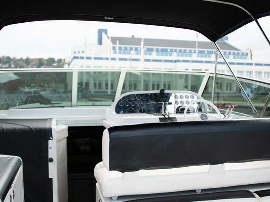 Express Cruiser Yacht Yacht Rental in SEATTLE