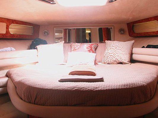 Express Cruiser Yacht Boat Charter in Hotel Zone, Cancun
