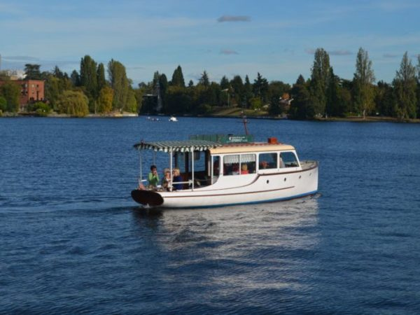 Motor Yacht Yacht Rentals in Lake Union, Seattle