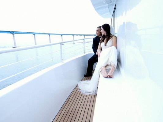 Party Motor Yacht Boat Charter in San Diego