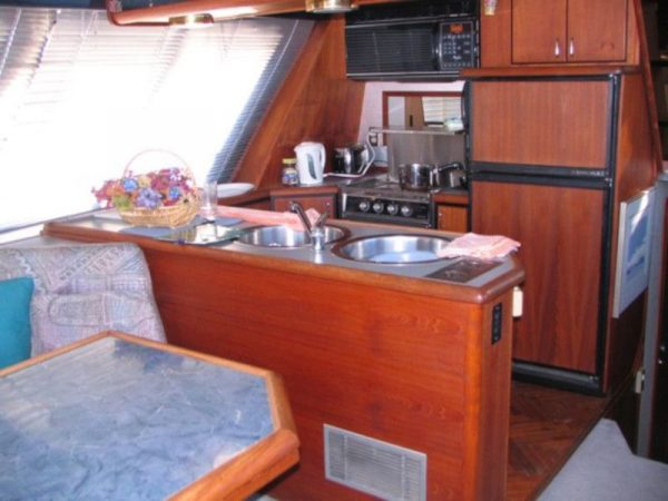VANCOUVER Yacht Rental