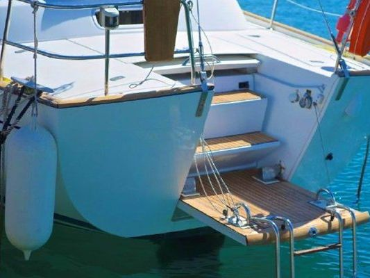 monohull sailboat Yacht Rental in Miami