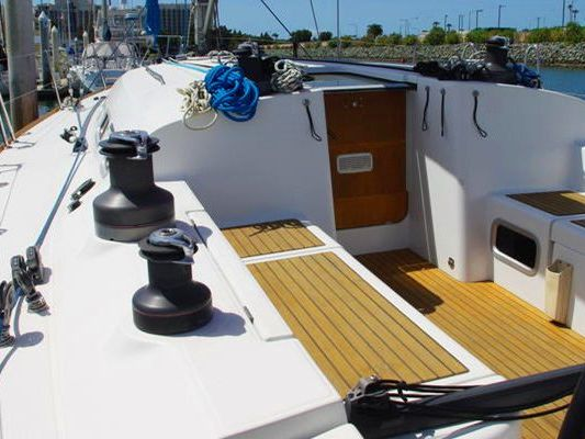 monohull sailboat Yacht Rental in Brisbane, Manly