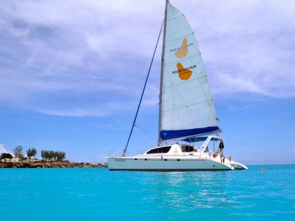 Express Cruiser Yacht Yacht Rentals in Bridgetown