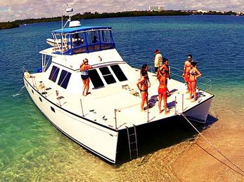 Motor Yacht Yacht Rentals in Miami