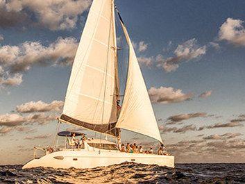 Catamaran sailing yacht Yacht Rentals in Cancun
