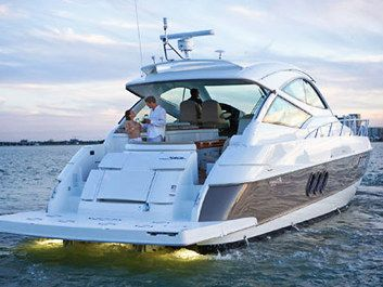 Express Cruiser Yacht Yacht Rentals in