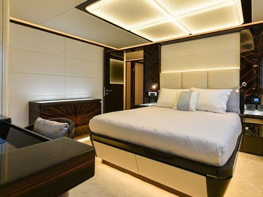 Motor Yacht Boat Charter in Sydney