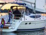 Monohull Sailboat Yacht Rentals in Ocanside