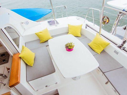 Catamaran sailing yacht Yacht Charter in