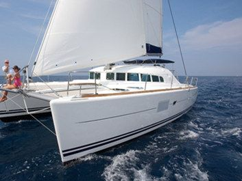 Catamaran sailing yacht Yacht Rentals in Honolulu