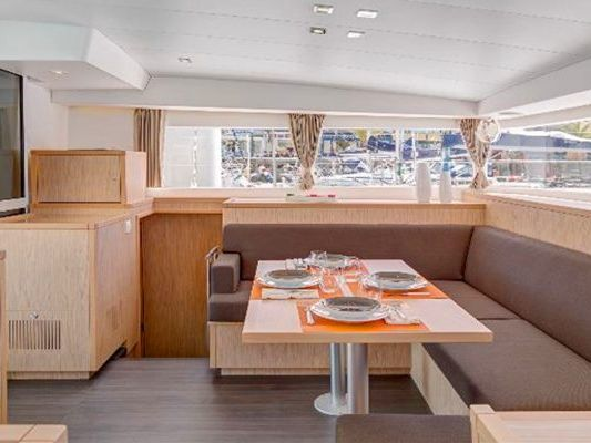 Yacht Charter Brisbane, Wynnum