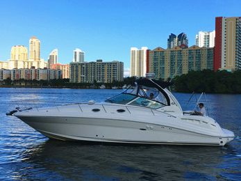 Catamaran sailing yacht Yacht Rentals in North Miami