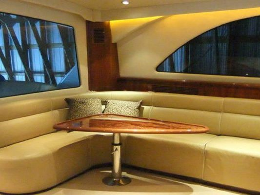 luxurious Motor Yacht Yacht Charter in North Vancouver