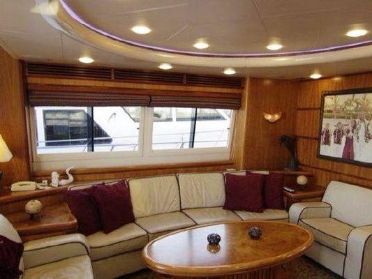 Motor Yacht Boat Charter in SEATTLE