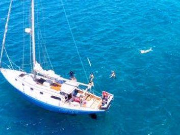Monohull sailboat Yacht Rentals in Maalaea Harbor, Maui