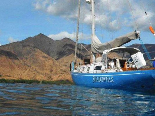 Monohull sailboat Yacht Rental in Maalaea Harbor, Maui