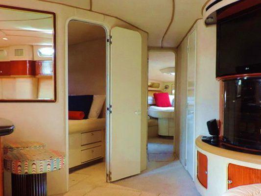 Hotel Zone, Cancun Yacht Charter