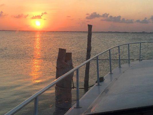 Express Cruiser Yacht Yacht Rental in Hotel Zone, Cancun