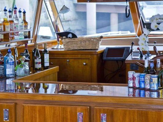 Party Motor Yacht Boat Charter in Boston Harbor