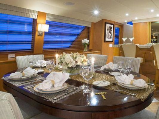 Motor Yacht Boat Charter in Quincy/Boston