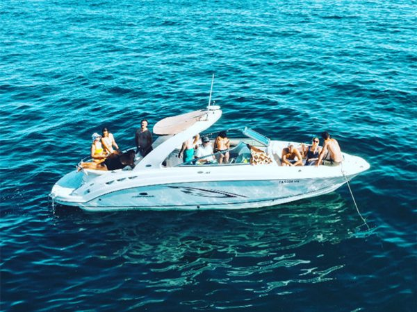 newport beach yacht charter 29 feet power boat rental